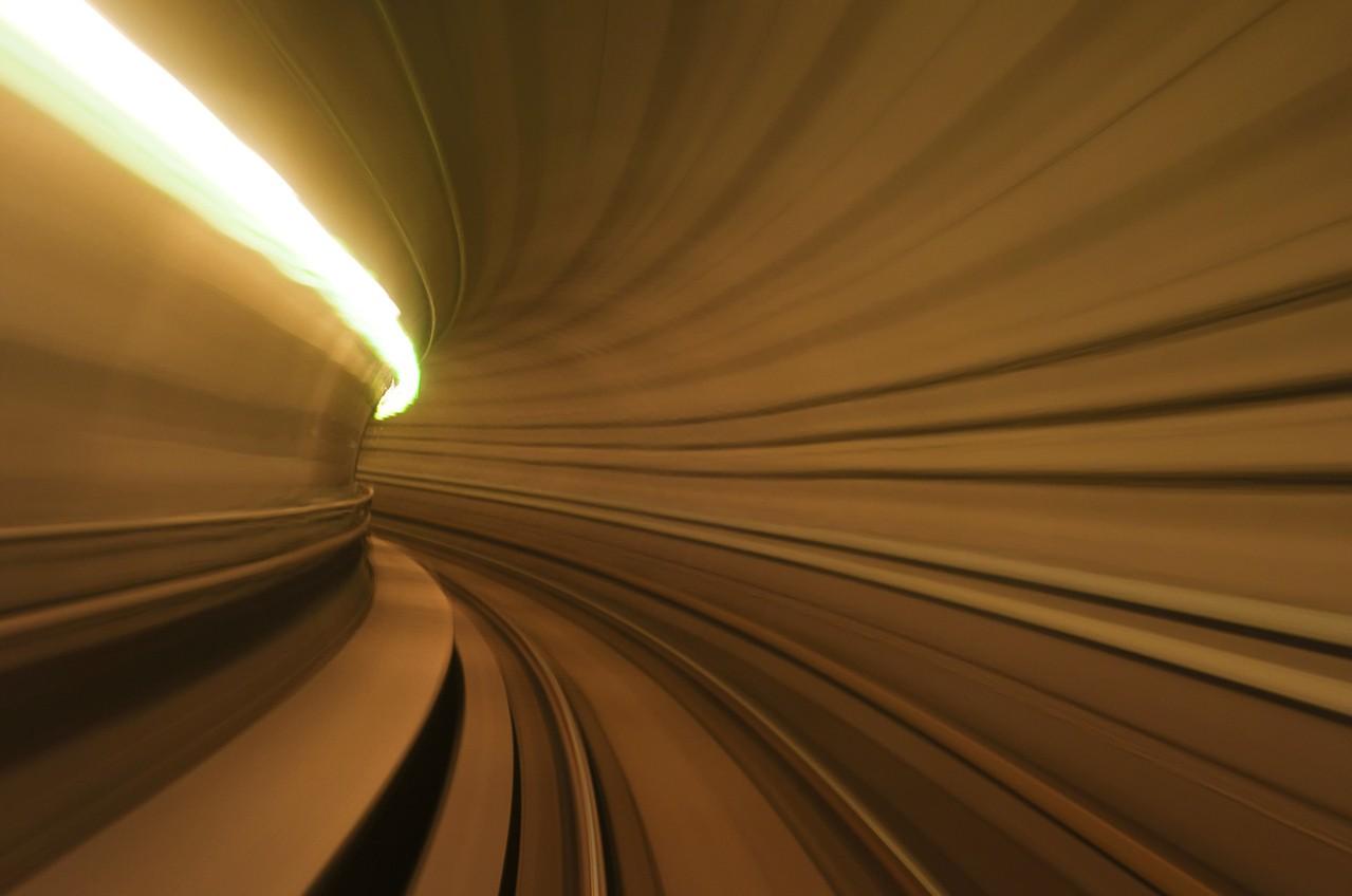Czym są koleje dużych prędkości?